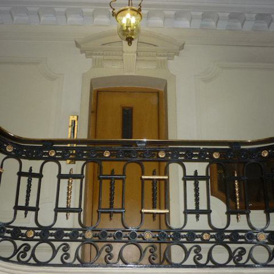 Renovated stairwell, Hyde Park Place