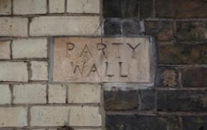 Party wall surveyor – brick insert astride a boundary